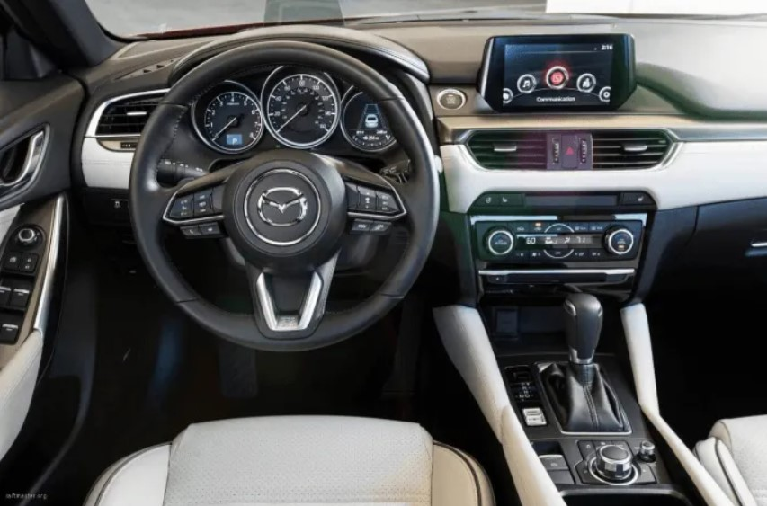 2021 Mazda CX 4 Interior