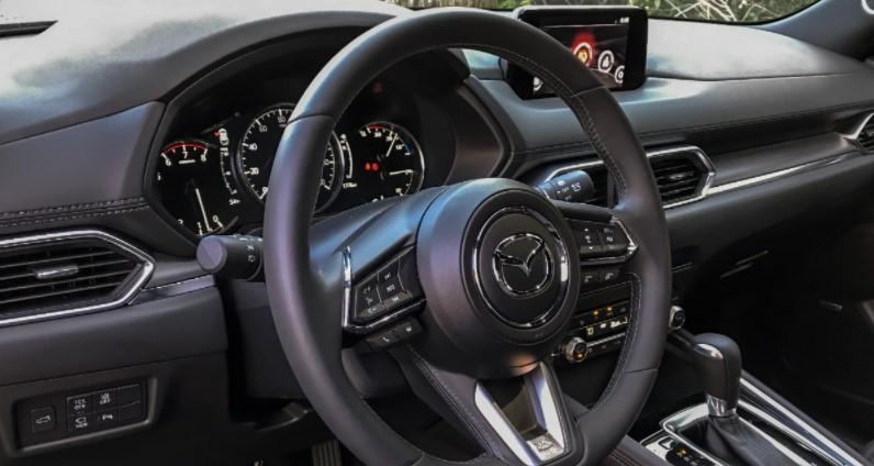 2022 Mazda CX-6 Interior