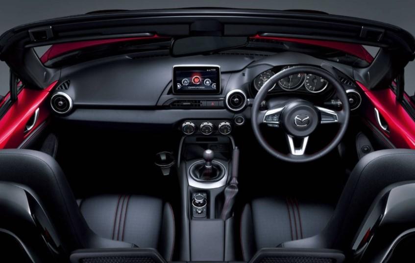 2023 Mazda MX 5 RF Interior